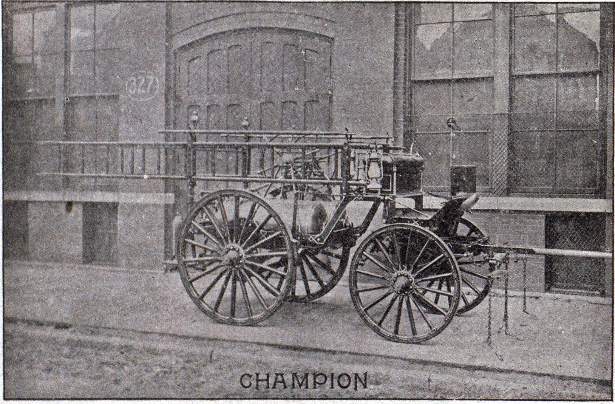 MODERN AMERICAN FIRE APPARATUS, CHEMICAL ENGINE MADE BY FIRE EXTINGUISHER M'F'G CO., CHICAGO.
