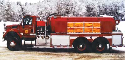 Fire-O-Vac 3,000-gallon tanker/pumper features a 750-gpm pump