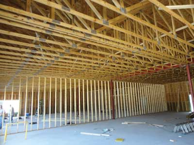 (5)wood truss roof assembly system