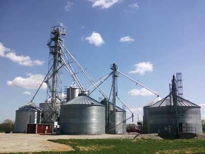 large grain bin complex