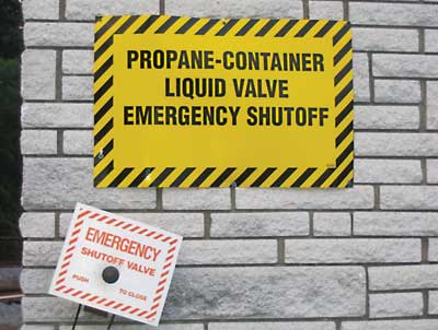 (2) Activating the propane shutoff valve may be part of the employee emergency action policy.