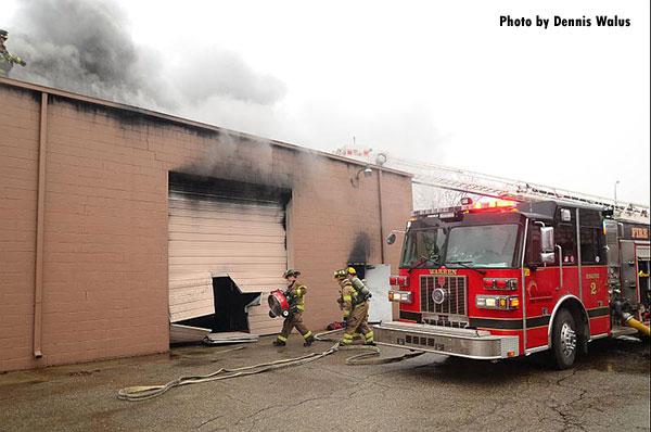 Structural Firefighting: Warren (MI) Fire Crews Control Commercial Fire