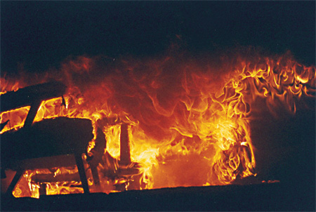 (5) Thermal collapse shown post-flashover in the flashover simulator.