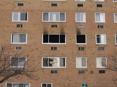 (2) Exterior smoke patterns often point the investigator to where the fire originated.