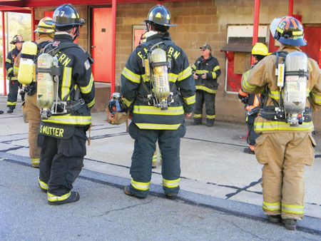 (3) How junior firefighters train is something that varies from state to state.