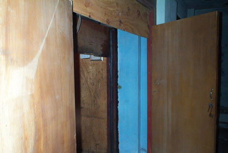 (3, 4) Do not assume that all members on the fireground will recognize hazards such as outward-swinging doors leading to shafts. Educate your members on the typical hazards found in legacy Type III buildings.
