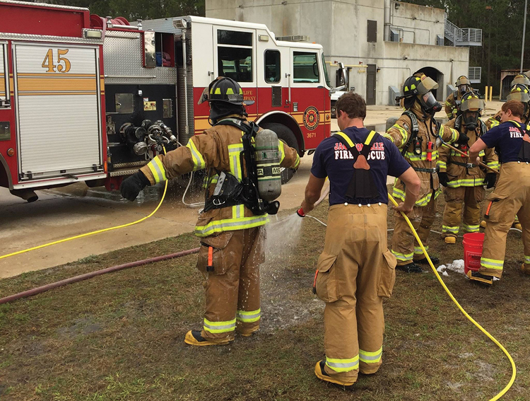 (2) Photo by Assistant Chief Trevor Nelson, Jacksonville (FL) Fire and Rescue.