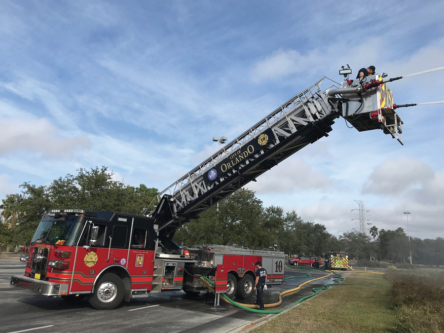 Many times, we don't have the luxury of aiming into a building when practicing stream deployment. (Photo by J.J. Cassetta.)