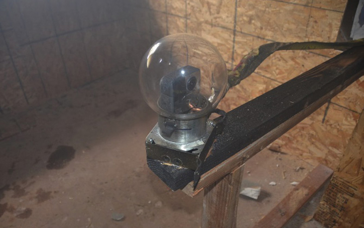 A variety of 360º cameras were used to capture the burns. The interior cameras were protected with glass covers, and air was routed into the space around the bowl to keep the cameras cool.