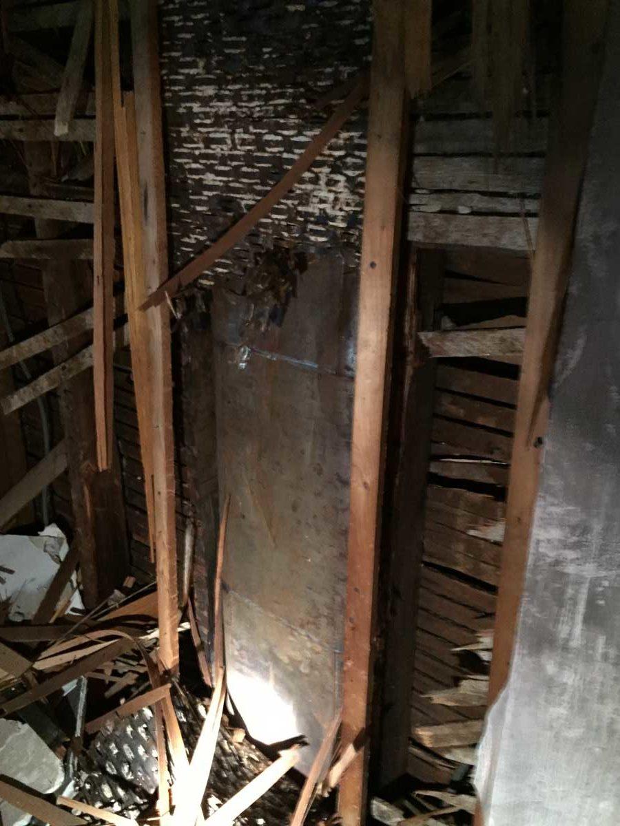 Hidden duct in first-floor living room