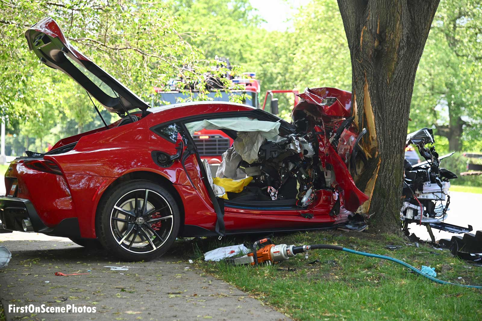 Extrication tool at the scene of the vehicle