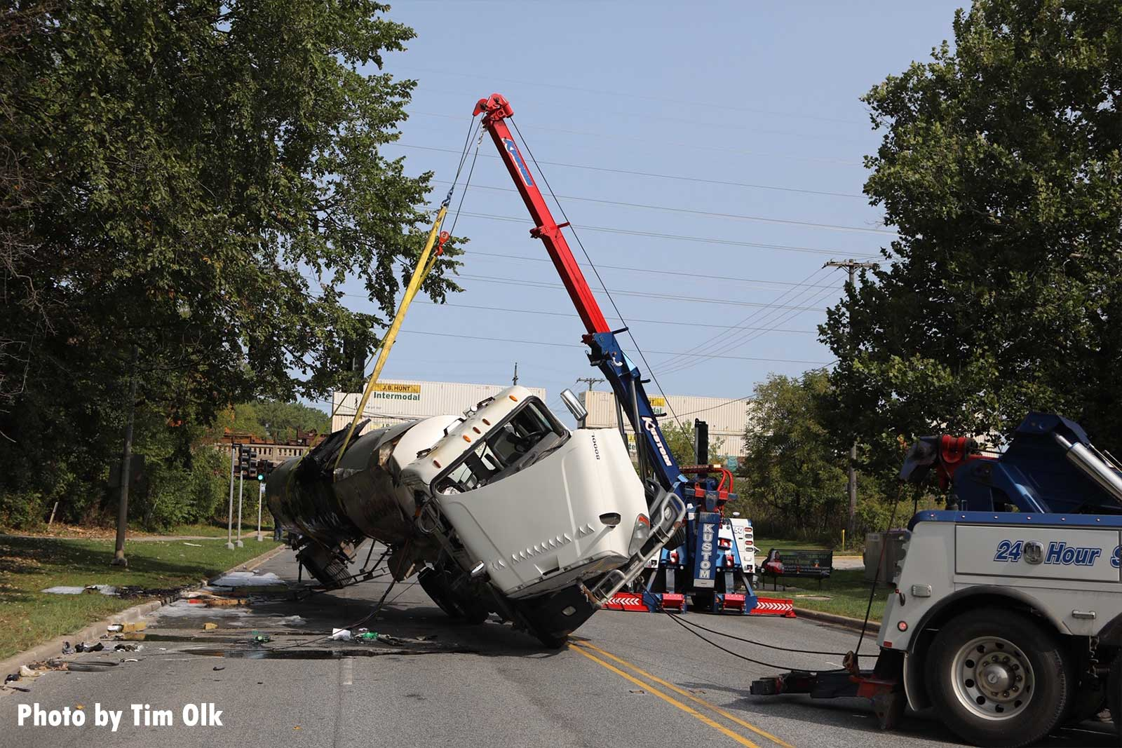 Crane being used to lift the tanker truck