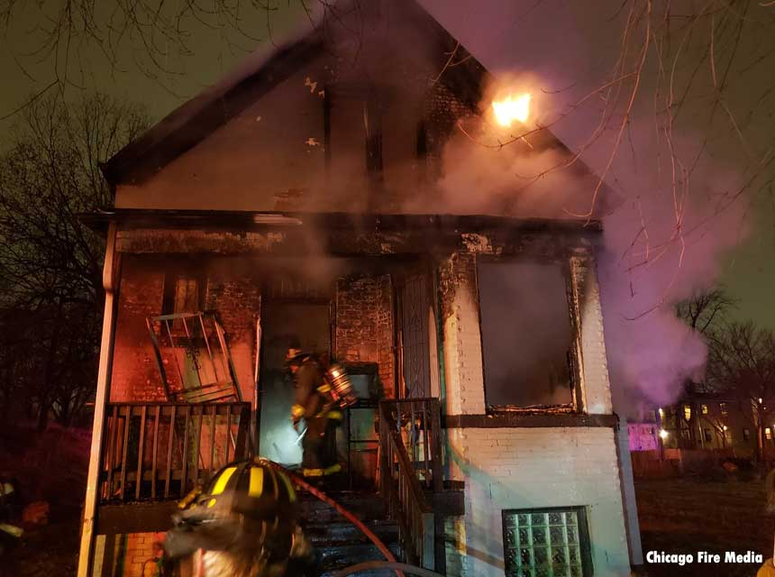 Chicago firefighters make rescue from house fire