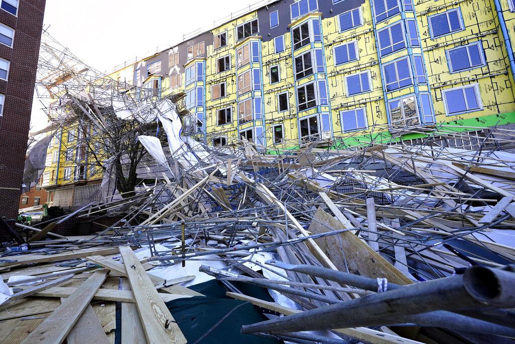 Scaffolding collapse in Boston