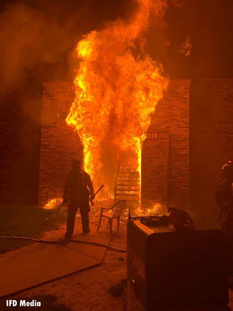 Firefighter confronts raging flames at Indianapolis apartment fire