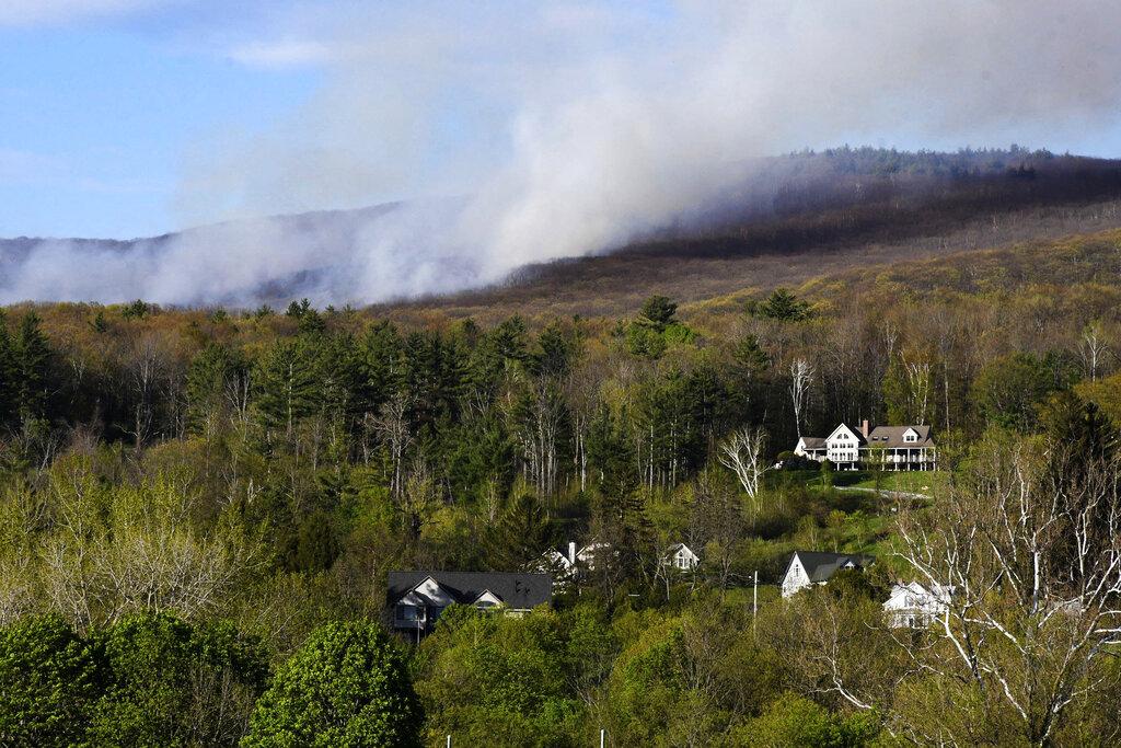Massachusetts brush fire