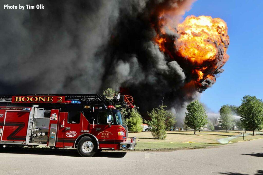Giant fireball shoots up above Rockton, Illinois