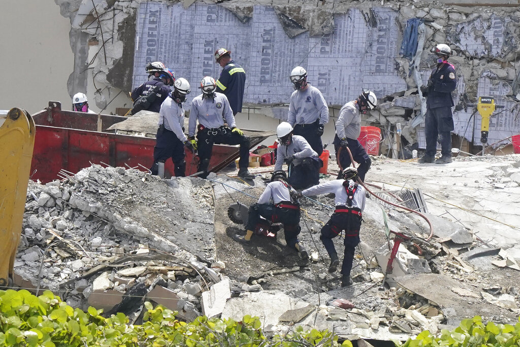 USAR team at Surfside collapse