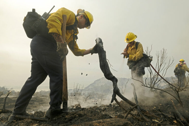 Wildfire Rages in Southern CA Coastal Mountains
