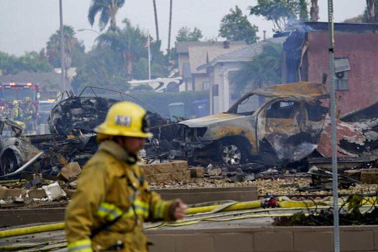 At Least Two Dead in CA Plane Crash that Burned Homes